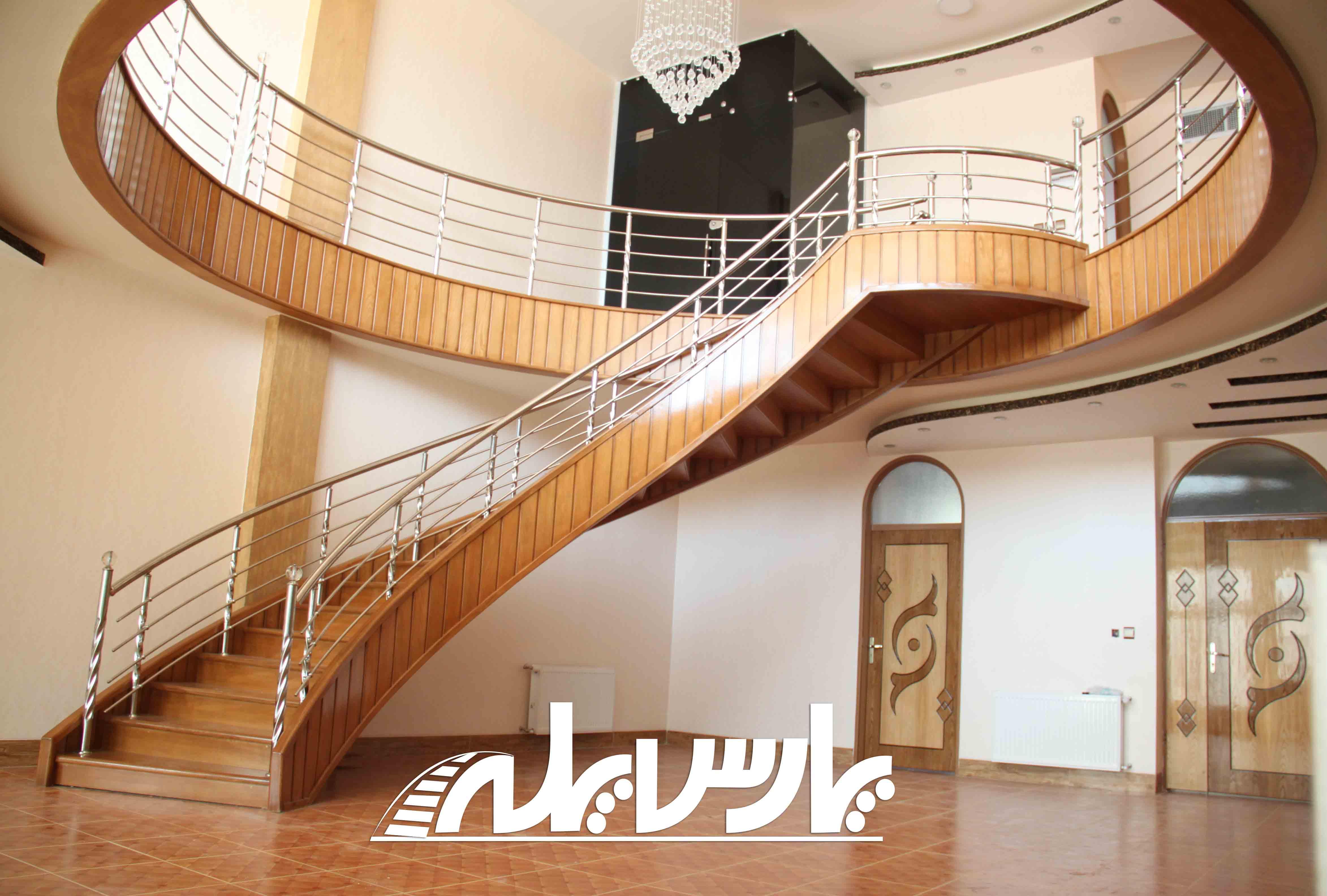 پارس پله بزرگترین سازنده پله پیچ در استان اصفهان